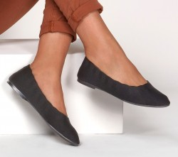 Womens Cleo - Bewitch